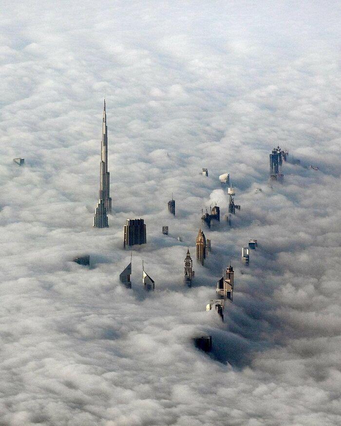 Un día de niebla en Dubai