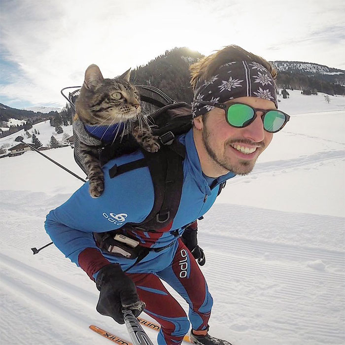 Owner Brings His Cat Everywhere And They Go On All Kinds Of Crazy Adventures Together (30 Pics)