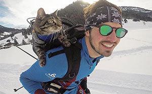 This Owner Brings His Cat On All Kinds Of Crazy Adventures (70 Pics)