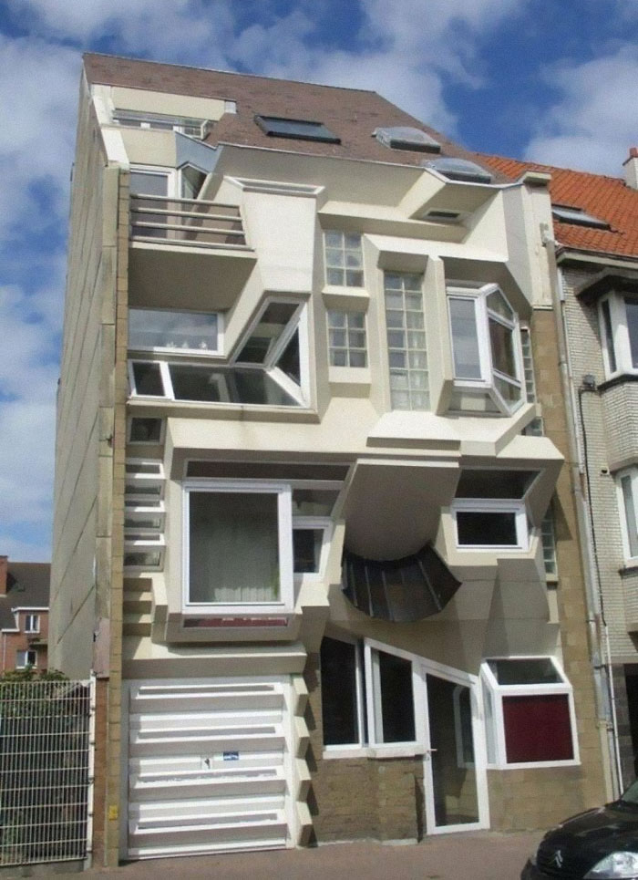 Cuando eres un arquitecto cuyo cuñado es dueño de una tienda de ventanas en dificultades