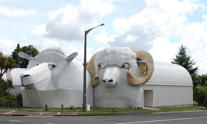 El edificio de las ovejas (Tirau, Waikato, Nueva Zelanda)