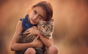 I Love Photographing The Gentle Nature Of My Children With Animals (41 Pics)