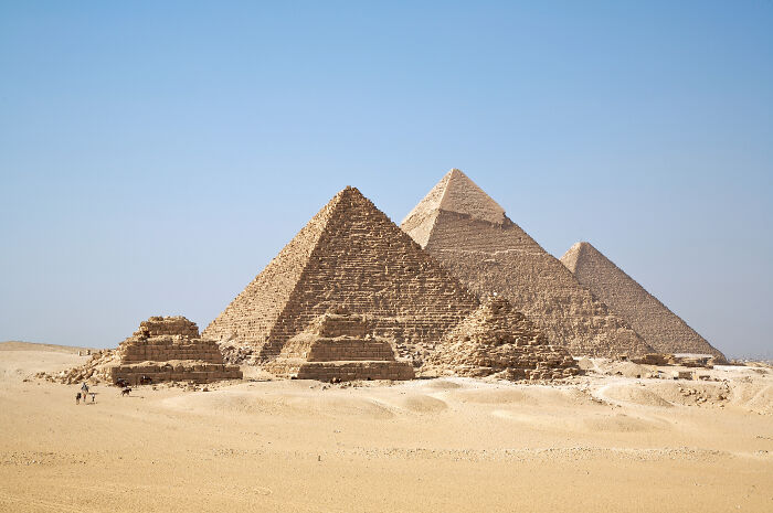 The Egyptian Secret To Moving Stone Blocks For The Pyramids Wasn't Aliens, It Was Sledge