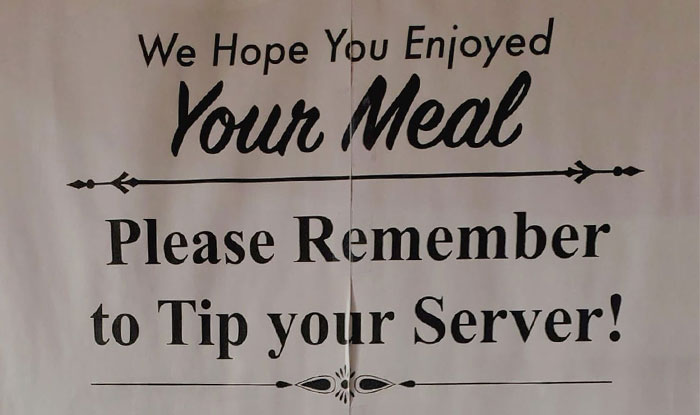 Restaurant Posts A Sign Begging Clients To Tip Servers, Digs Their Own Grave As People Start Criticizing Them