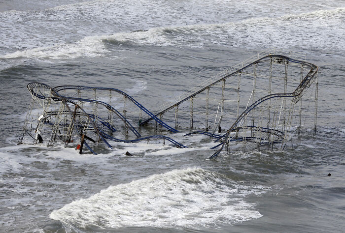 Jet Star, A Rollercoaster In New Jersey That Was Literally Blown Into The Ocean During Hurricane Sandy