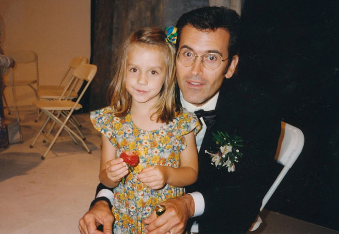 I Met Bruce Campbell At A Wedding Reception In 1996. Here's Us Sharing A Strawberry