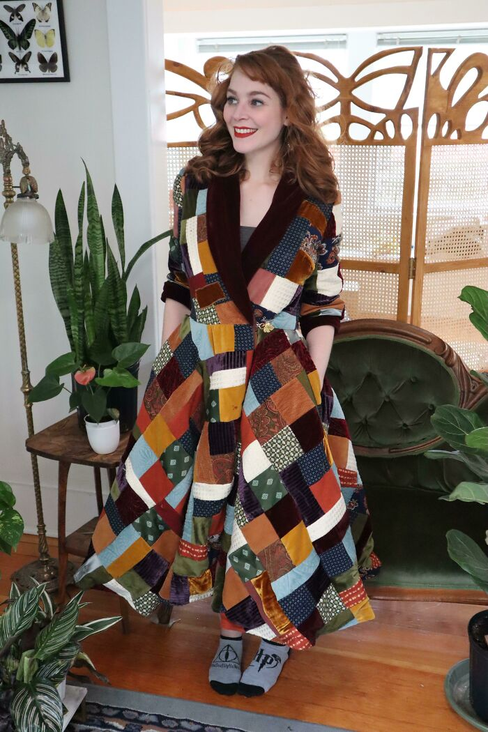 I Made The Dressing Gown That Bilbo Wears In The First Hobbit Movie (M7875)