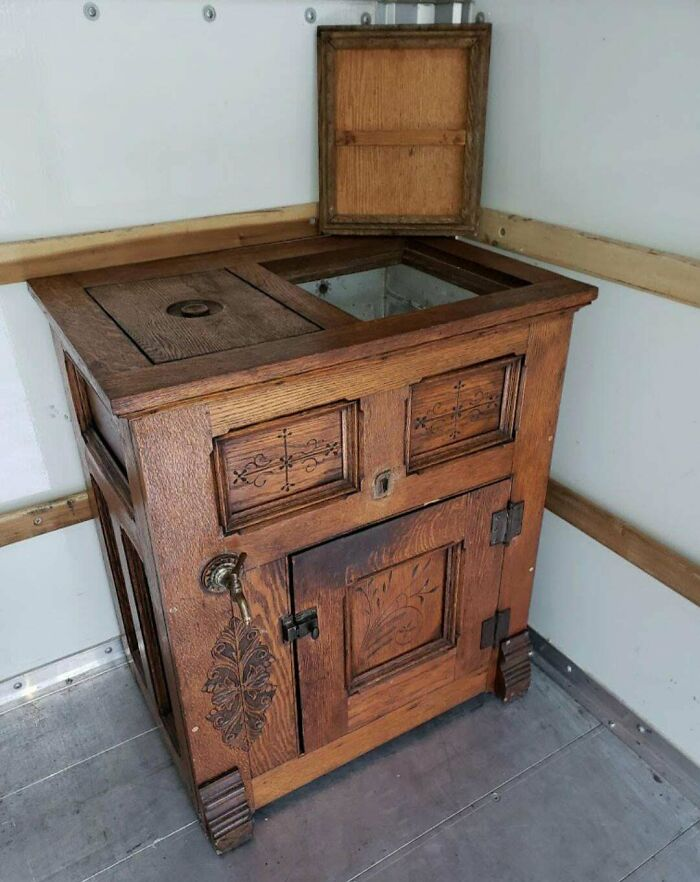 Found This Old Oak Ice Chest