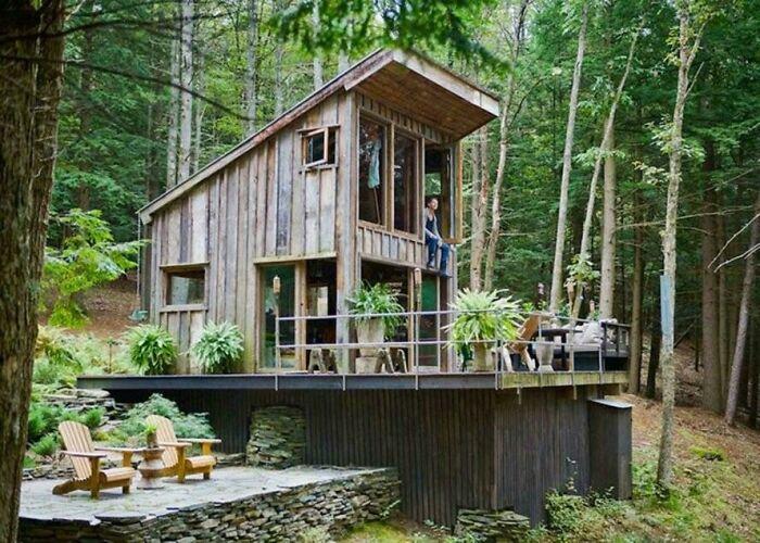 Reclaimed Cabin