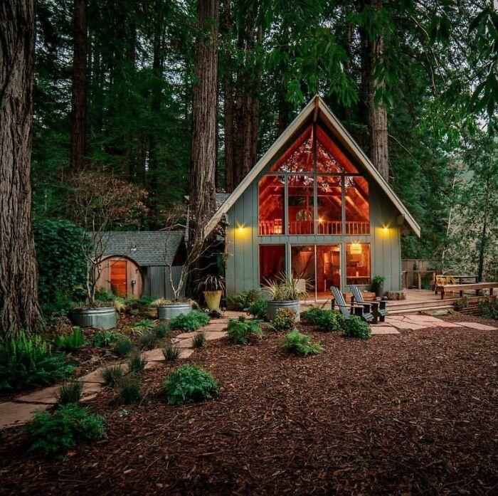 Cozy Cabin Located In Cazadero, California
