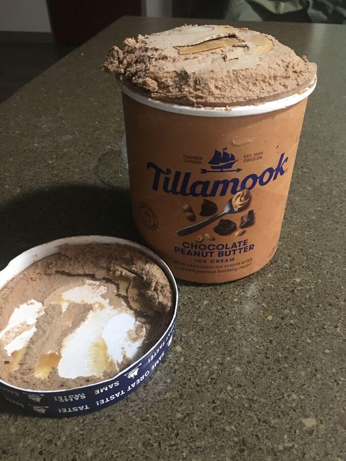 Mi helado estaba completamente lleno