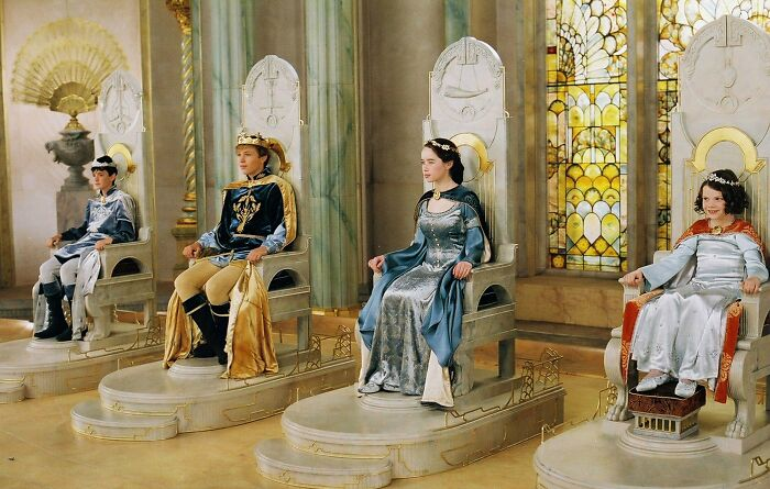 In The Cronicles Of Narnia: The Lion, The Witch And The Wardrobe, Peter, Susan, Edmund And Lucy Decide To Rule Narnia. This Is Because They Are British, And The Country Had Not Been Colonised Yet