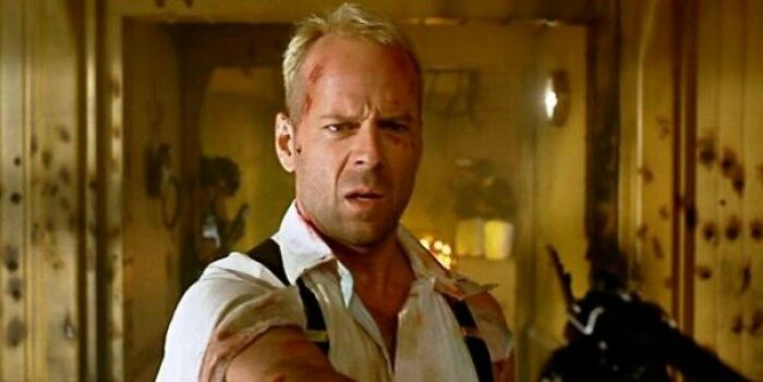 The Fifth Element (1997) Has Absolutely Nothing To Do With Boron