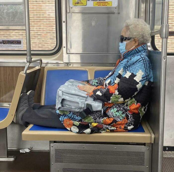 Esta señora tan cómoda