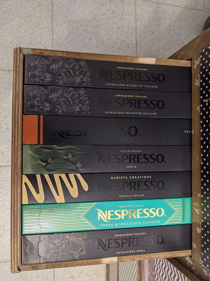 La forma en que estas cajas de Nespresso caben en el cajón