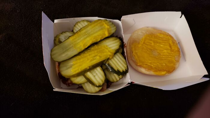 Freddie's Frozen Custard & Steakburger's Did Right By My Request For Extra Pickles