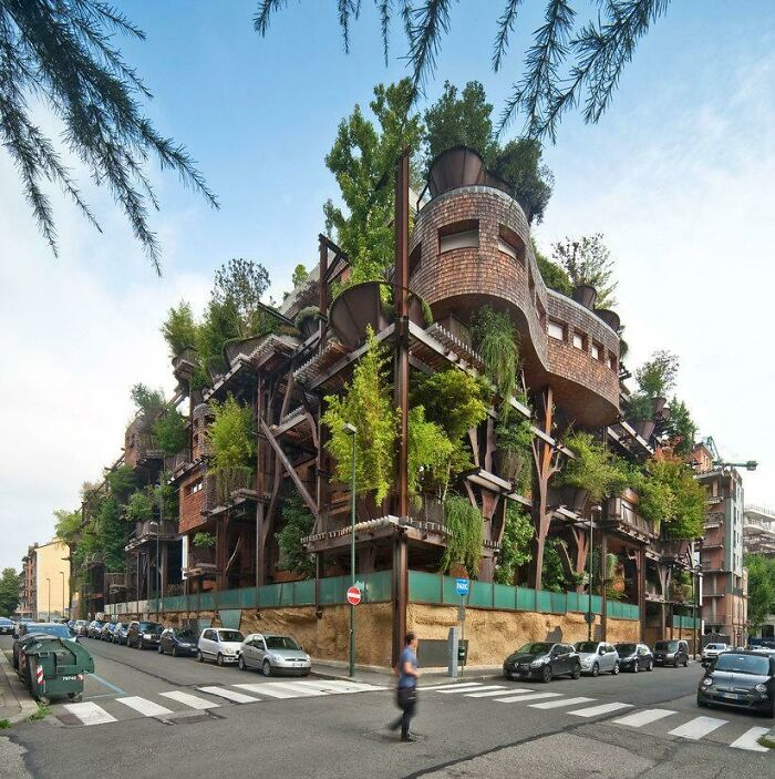 Apartment Building In Turin Holds 150 Trees