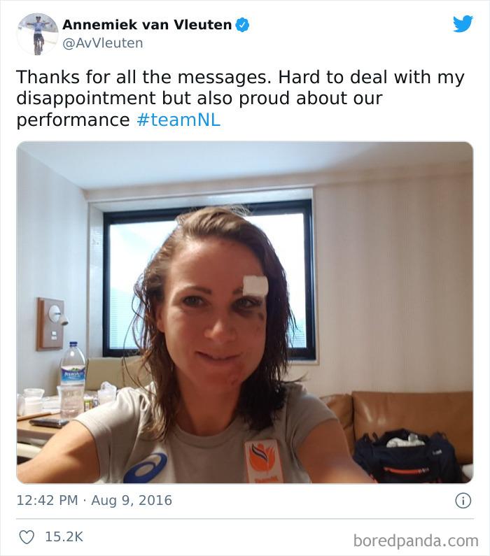 Annemiek Van Vleuten Crashes While Leading Rio 2016 Road Race