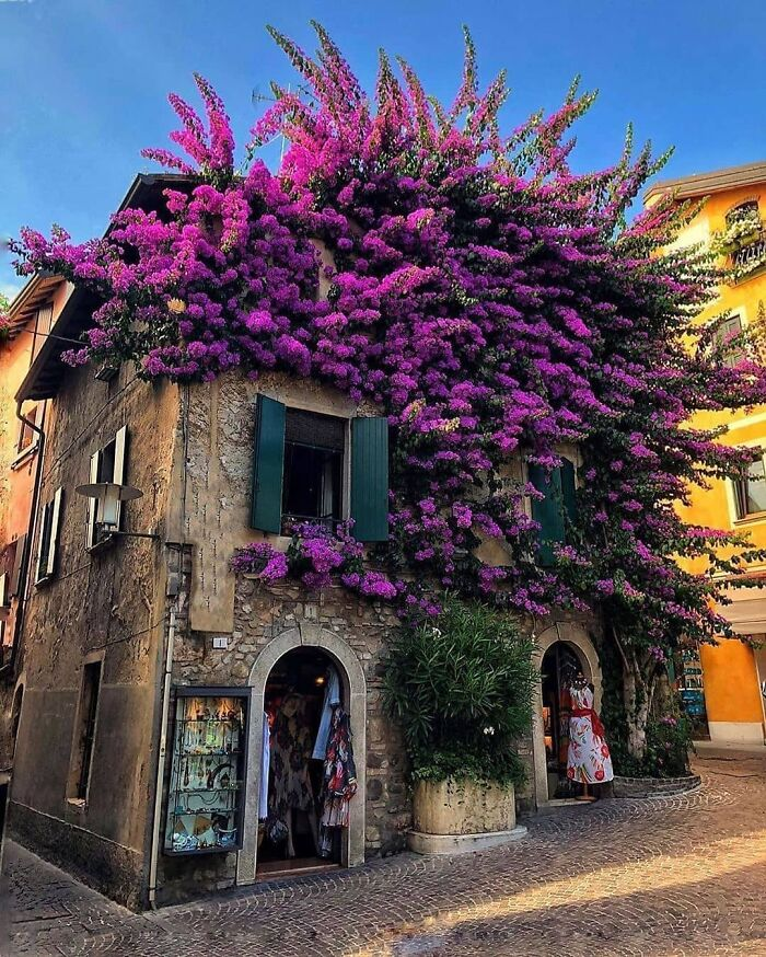 Unique House In Sirmione, Italy