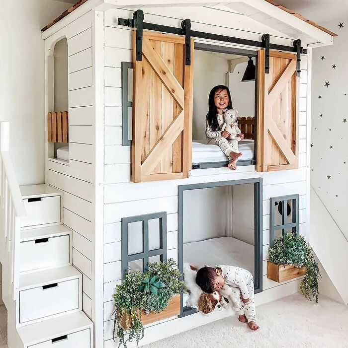 Bunk Bed By Aenny Chung