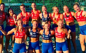 La decisión de multar al equipo femenino noruego de balonmano por elegir pantalones cortos en vez de bragas de bikini causa confusión e indignación