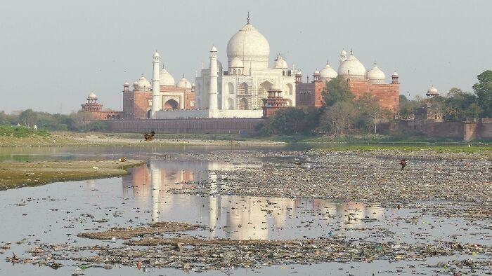 A More Depressing View Of The Taj Mahal
