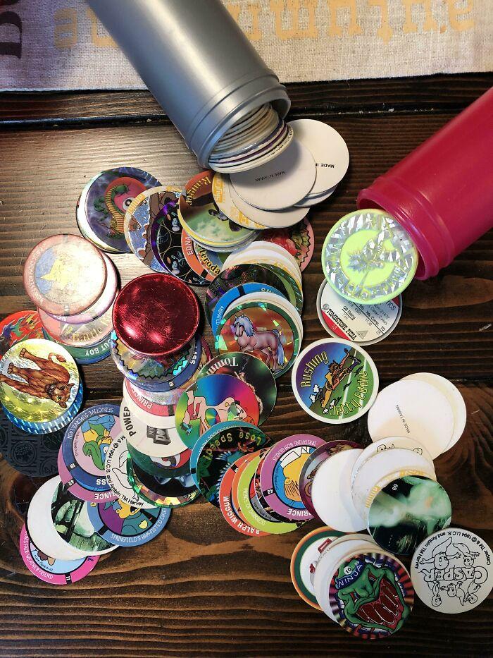 ¿Recordáis los tazos? He encontrado los míos de los 90