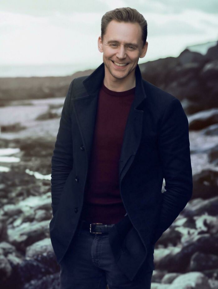 The Day I Pretended To Be Tmz To Get This Photo Of Tom Hiddleston.