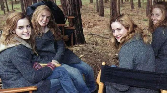 Emma Watson junto a sus dobles de riesgo en el set de Harry Potter