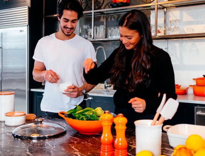 Estos chefs comparten 25 sencillos consejos que pueden mejorar instantáneamente tus comidas