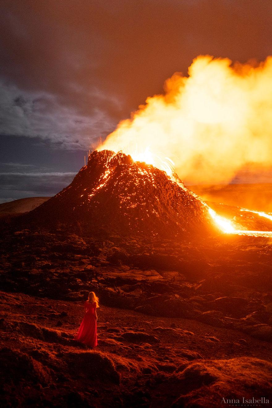 Eruption-Series-Iceland-Volcano-Anna-Isabella-Photography