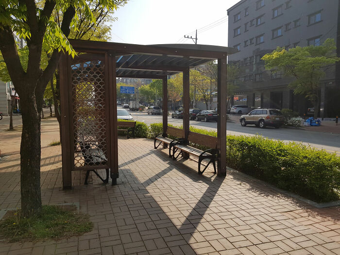 Every Half Kilometer They Have A Resting Place Made For Pedestrians In This Korean City Ansan