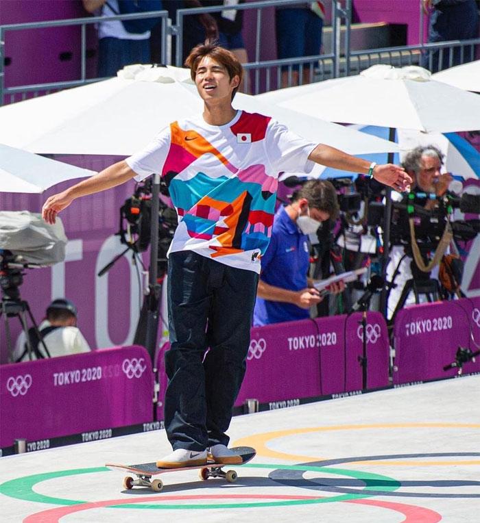 El japonés Yuto Horigome gana la primera medalla de oro olímpica de monopatín