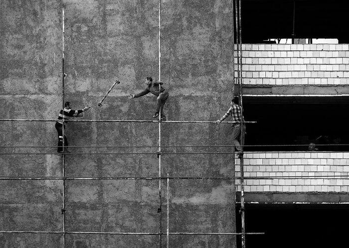 Funambulista sin espectadores por Navid Mofidi Ahmadi