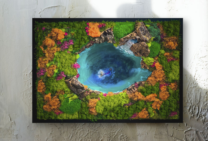 I Made A Lake Surrounded By Forest-Inspired Wall Art With Preserved Moss (3 Pics)