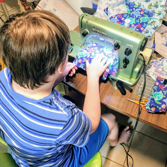Bifg (Buy It For Generations): My Viking Husqvarna 21a, From Early 1960's. Belonged To My Grandma. My Son Is The 4th Generation To Use This Machine... Spending Quality Father-Son Time Teaching Him How To Sew Useful And Beautiful Things That Will Also Last A Long Time