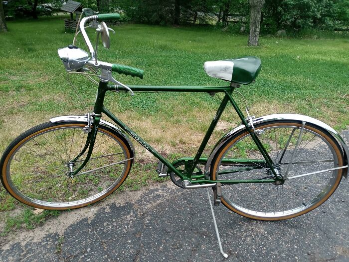 Just Got Done Detailing My Grandpa's 1971 Schwinn Racer! These Bikes Were Built For Life That's For Sure!