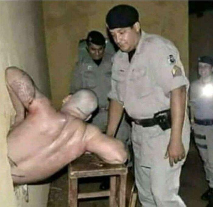 Cada vez que sientas que la vida no es agradable, recuerda a este preso brasileño que cavó un túnel de escape durante 5 años para salir en una sala de la guardia...