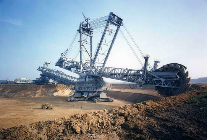 Bagger 288, el vehículo terrestre más grande del mundo