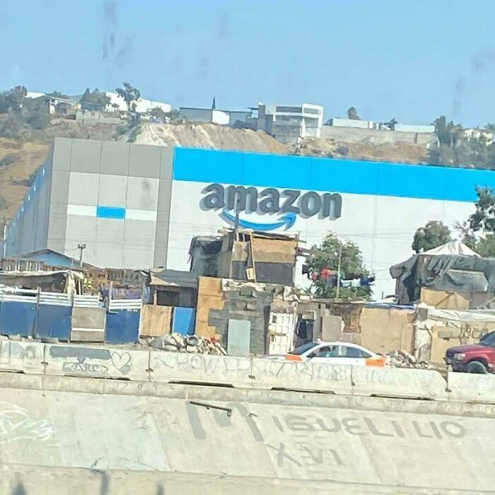 El nuevo centro logístico de Amazon en Tijuana, México