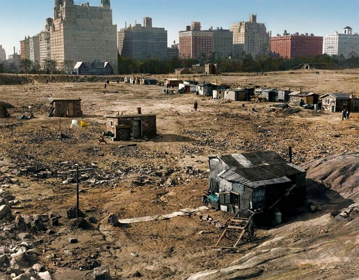 A Photo Of Central Park During The Great Depression (New York, 1933)