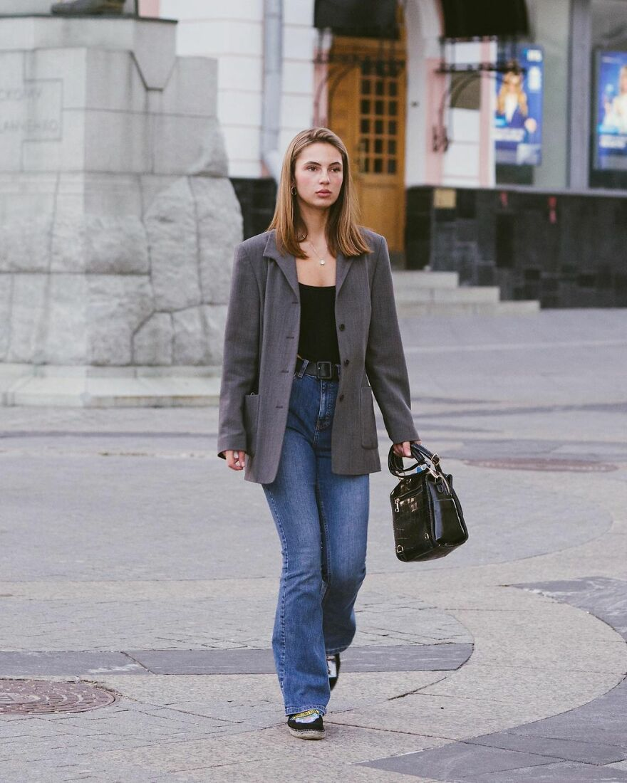 In Russia, A Photographer Takes Pictures Of Stylish People On City Streets