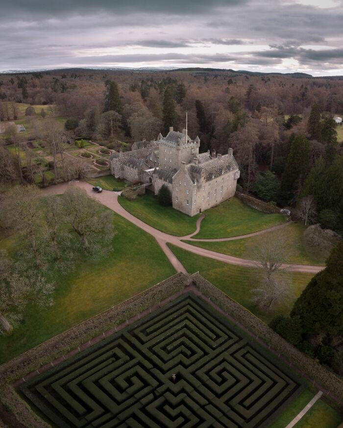Castillo de Cawdor, en los Highlands, Escocia. Ese laberinto da miedo