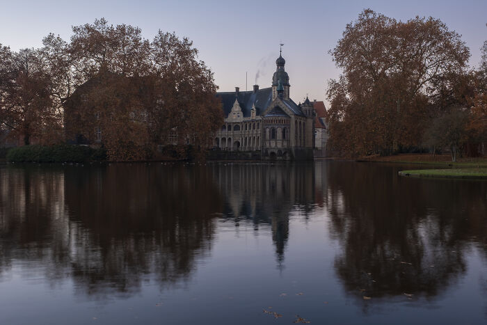 Schloss Darfeld (Alemania). Me encantan esos colores otoñales.