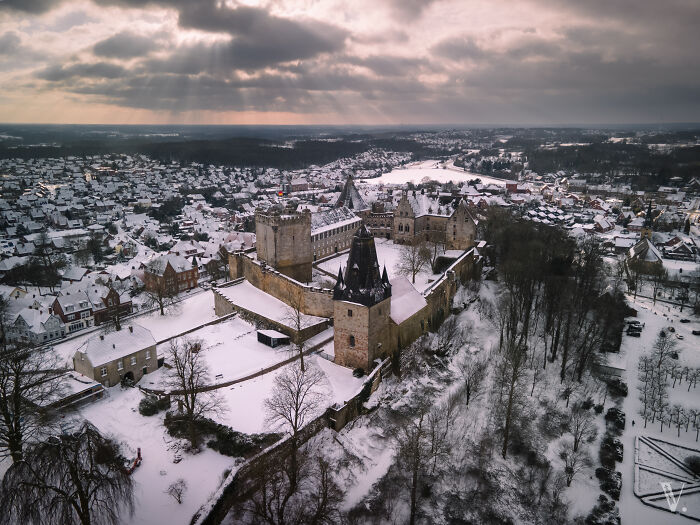 Burg Bentheim cubierto de blanco