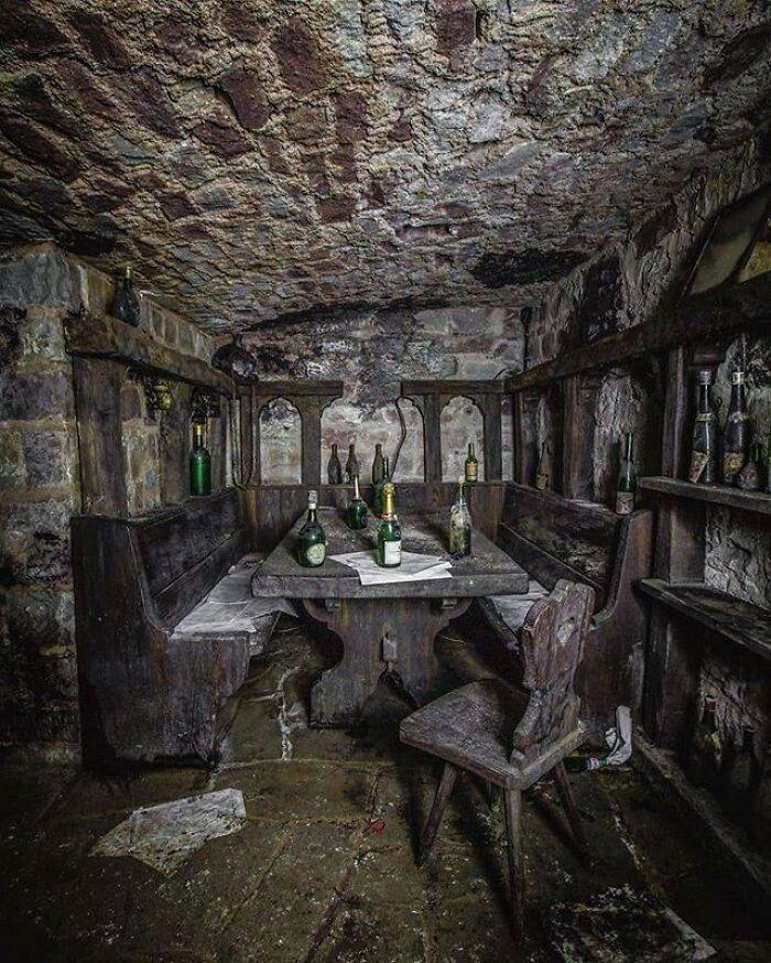 Abandoned Hotel - 2019