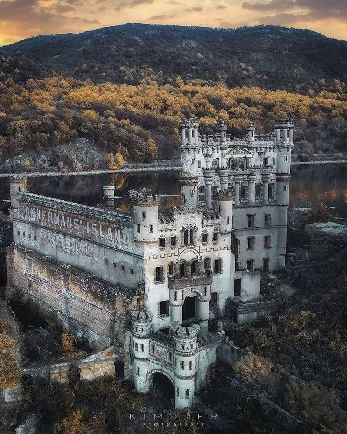 The Ruins Of Bannerman's Castle, An Abandoned Military Surplus Warehouse, Still Stand In The Middle Of The Hudson River