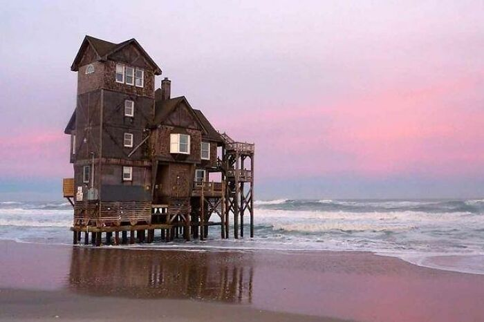 Abandoned Beach House Slowly Being Reclaimed By The Sea, North Carolina