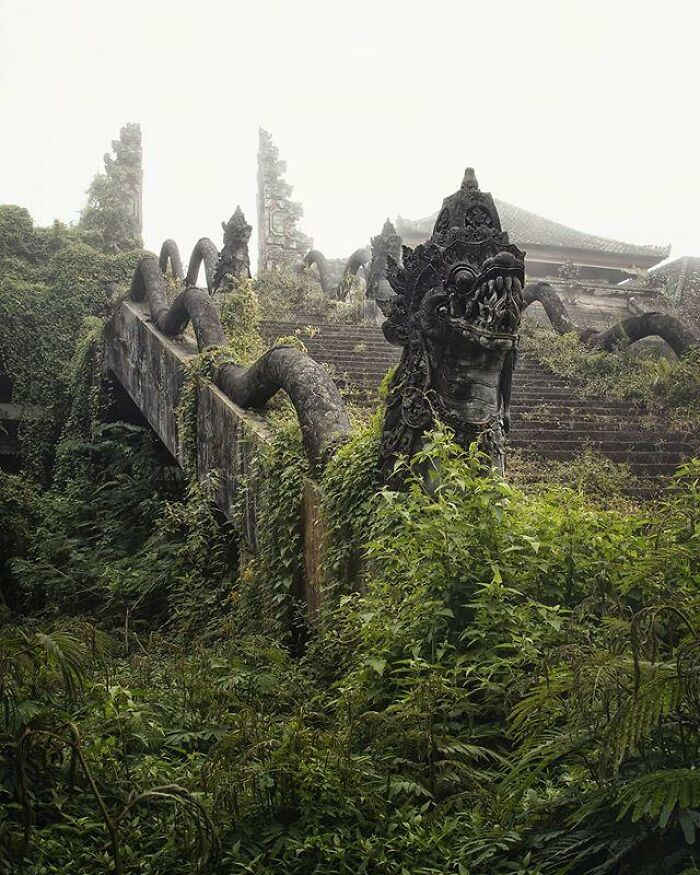 Ghost Cloud Temple