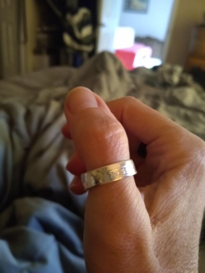25th Anniversary Thumb Ring Made W/A 1995 Silver Quarter.